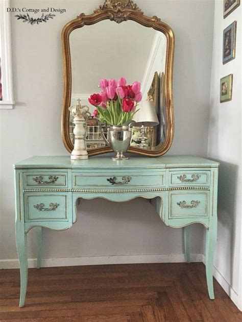 21 Sophisticated French Vanities - MessageNote